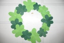 Shamrock Craft for St. Patrick's Day / This page has a lot of free Shamrock Craft for St. Patrick's Day for kids,parents and preschool teachers.
