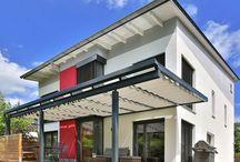 Toldos para casa SPANNMAXXL / El propietario de esta casa al sur de Alemania extendió su casa al aire libre y la techó con toldos SPANNMAXXL http://www.spannmaxxl.es/toldo_corredizo/