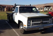 Used 1986 Chevrolet 3500HD Dually for Sale ($3,500) at Morgan Hill, CA / Make:  Chevrolet, Model:  3500HD Dually, Year:  1986, Body Style:  Pickup Trucks, Exterior Color: Offwhite, Interior Color: Burgundy, Doors: Two Door,  Vehicle Condition: Good, Mileage:146,000 mi, Engine: 8 Cylinder Gasoline, Transmission: Automatic, Fuel: Gasoline, Drivetrain: 2 wheel drive.   Contact: 719-440-9817   Car ID (56765)