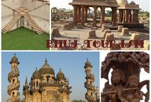 Bhuj Tourism / Bhuj is a perfect starting point to visit the Rann of Kutch in Gujarat. G4WD offers the best services to their clients.