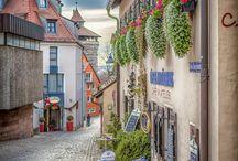 Auch in Nürnberg gibt es Hipster... / ... aber wo? Wo bekomme ich einen guten caffè? Evtl .sogar einen shakerato? Wo etwas Leckeres, etwas Ausgefallenes, evtl. Vegetarisches zu essen? Wo gibt es Antikes, Gebrauchtes, Schickes? Hier eine Sammlung!