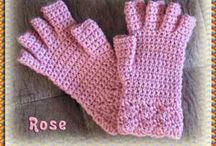 Crochet: Mittens, Gloves, Fingerless Mitts / by Anna Ukkonen