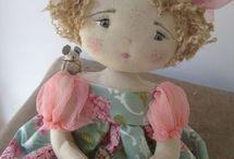 Dolls and Toys / by Silvia Pomerantz