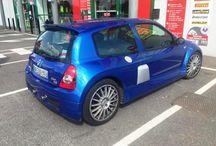 Clio 2 V6 / Une Clio 2 V6 à Coignières
