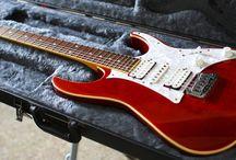 Electric Guitars / Electric Guitars