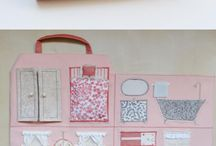 Travel doll house