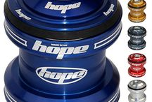Hope MTB Headsets - mountain bike parts / monkamoo.com offers Hope mountain bike headsets in 5 colors and a number of different styles.