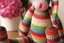 Crochet - Of Yarn & a Hook / Crafts Crochet