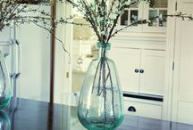 Farmhouse Flowers / Flowers and flower arrangements that give a farmhouse feel to decorating.