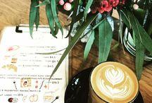 Cafées, restaurants and bars