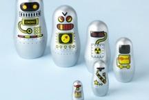 toys / Robot Nesting Dolls / by Toby Mackey