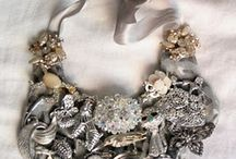 Crafts-DIY jewelry / by Lorna Coulthart