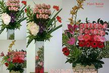 Arreglos Florales para diferentes ocasiones con Rosas Impresas / Fiori Bella Colombia Elabora hermosos arreglos florales con Rosas y/o Calas impresas para diferentes ocasiones, imprimiendoles sobre los petados de las rosas esos mensajes que deseas expresar