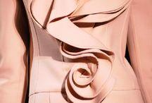 Valentino - Details
