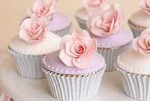 Cake/Cupcake Designs / by Alyssa Confer