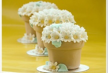 Cakes: Cupcakes & Mini