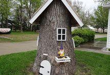 Tree stump art