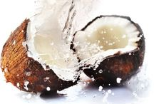 Coconut Oil: Tips & Tricks / Creative ways to use coconut oil and the amazing things it can do! All about coconut oil in general.