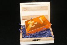 Jabones artesanales / Jabones artesanos con diferentes propiedades y olores;