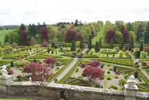 Drummond Castle Gardens / Gardens and Drummond castle estate.