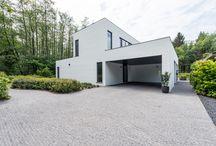 BEN-woning in Oostmalle / Een zeer geslaagde moderne BEN-woning in houtskeletbouw, sleutel op de deur afgewerkt.