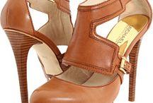 shoes. / by Brooke Beachum