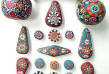 Painted pebbles and craft