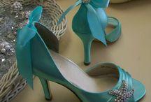 Beach Wedding: Bride's steps