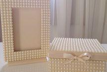 caixas e porta retrato