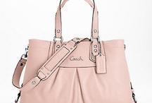 handbags i love / by Dori Bender