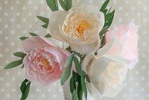 Papír virágok / Paper flowers / by Ferencné Kalmár
