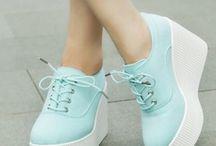 Zapatos! Zapatillas!