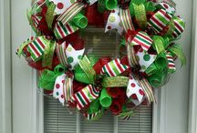 Christmas Wreaths / by Stacy Cowan