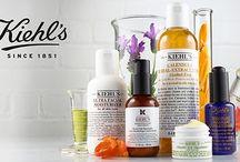 Kiehl's / Kiehl´s wurde 1851 als Apotheke im New Yorker East Village gegründet. Die einzigartige Kombination aus kosmetischem, pharmazeutischem, pflanzlichen und medizinischen Wissen zeichnet Kiehl´s über Generationen als Gesichtspflege-Experten aus. Seit mehr als 160 Jahren bieten wir unseren Kunden hocheffiziente Produkte für Haut und Haar an, die mit den fortschrittlichsten Technologien weiterentwickelt werden und eine hohe Konzentration feinster Inhaltsstoffe natürlichen Ursprungs enthalten.