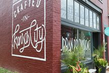 Kansas City's Pet-Friendly! / All the best pet-friendly activities, restaurants, and hang-outs in the Kansas City area.  Kansas City! Kansas City here we come!