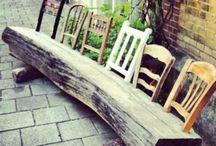 Stühle und Bänke