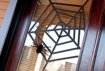 Roundup Post: Three-Step Halloween Decorations