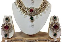 Bollywood Inspired Dazzling Wedding Party Kundan Jewelry Necklace Set