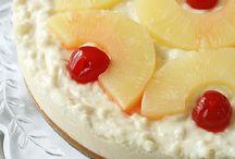 Dessert Addict / by Gwen Bennett (Imperfect Pastries)