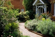 Top Front Garden Ideas / A selection of ideas on how to transform your front garden this year.