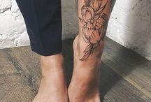 Tetování na nohách