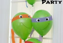 It's party time! / Decorations, crafts, games and food for children's parties.