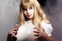 Trend // Devil's Plaything / ✰ witchcraft △ occult ‡ 666 ✞ magik ☾ the dark arts ▼