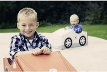 Voitures en carton / Des voitures en carton, grandeur nature ou miniatures construire et décorer.