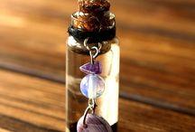 šperky ve sklenici