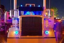 Big Rigs at Night / by Smart Trucking