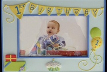 Birthday Frames for Babies / Dedicated exclusively to babys first birthday frames, we have a nice selection to match most any room or first birthday party
