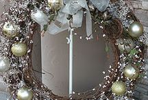 wreaths / by Rosalie Craig