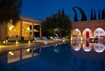 Villa Jacaranda / Sublime villa située à 5 minutes de Marrakech comprenant 5 suites avec salles de bains privatives et un confort de luxe.
