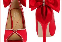 Shoes / by Helenistica